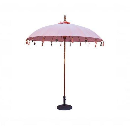 Sombrilla balinesa para mesa de madera rosa