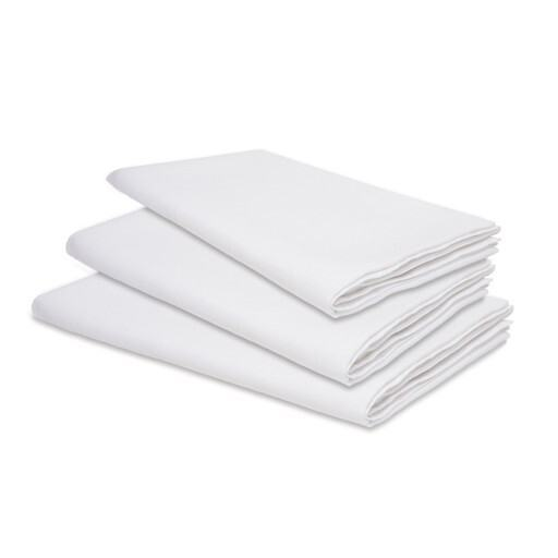 We offer different tablecloths and napkins in various colors